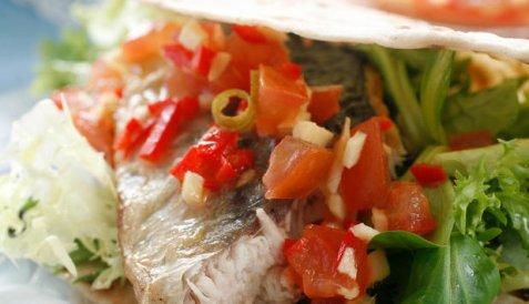 Makrell i lompe oppskrift.