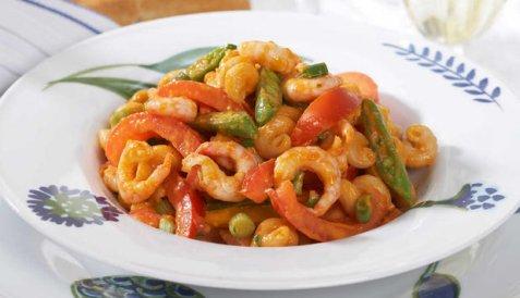 Reker med pasta og grønnsaker oppskrift.