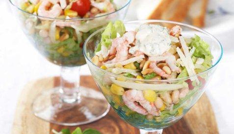 Salat med reker oppskrift.