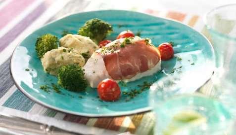 Ovnsbakt torsk med skinke oppskrift.