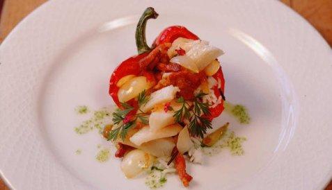 Fylt paprika med tørrfisk og bacon oppskrift.