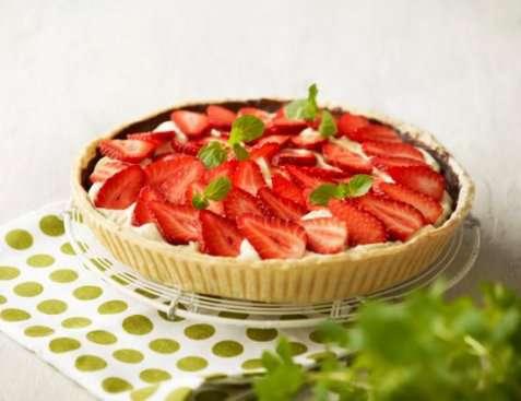 Jordbærpai med Vaniljemousse oppskrift.