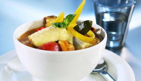 Bouillabaisse med steinbit, blåskjell og reker oppskrift.