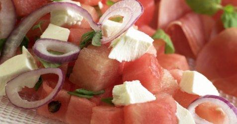 Melon og fetaostsalat oppskrift.