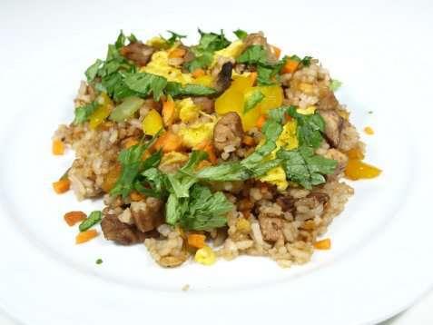 Yang chow fried rice oppskrift.