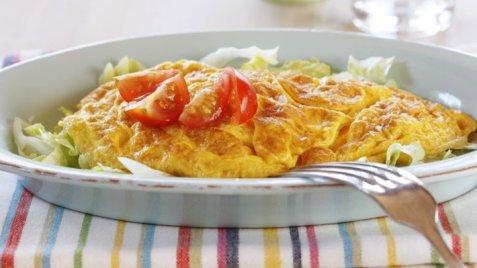 Bilde av Omelett med kalkun og salsa.