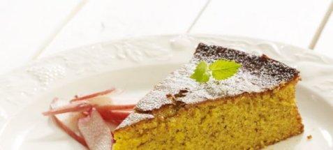 Bilde av Gulrotkake med smak av appelsin.