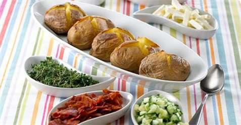 Bakte poteter med Apetina oppskrift.