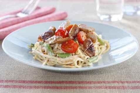 Medisterpølse med kremet spagetti oppskrift.