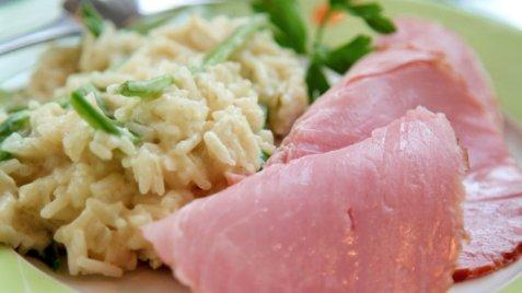 Røkt skinke med rask risotto oppskrift.