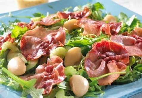 Bilde av Salat med stekt spekeskinke.