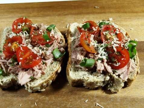 Krydret tunfisk smørbrød oppskrift.