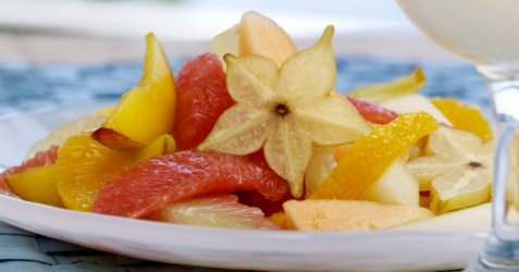 Gul fruktsalat oppskrift.