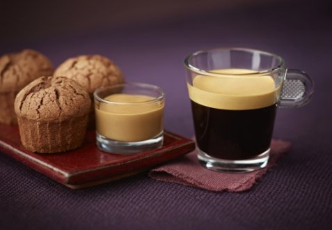 Coffee lungo & chocolate fondants with coffee custard oppskrift.