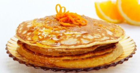 Skotske pannekaker med appelsinsmør oppskrift.