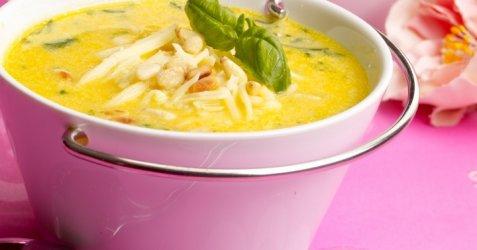 Søtpotetsuppe med ost oppskrift.