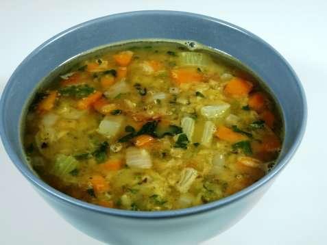 Enkel linsesuppe med røde linser oppskrift.