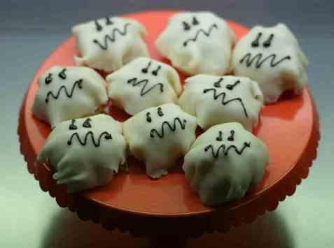 Spøkelser til halloween oppskrift.