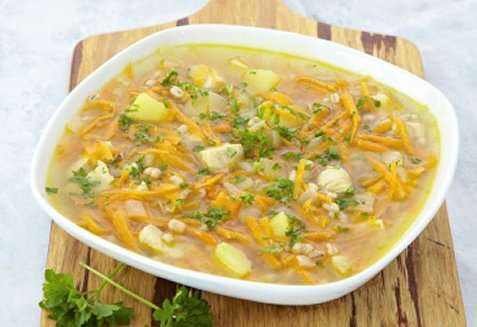 Grønnsaksuppe på ukrainsk vis oppskrift.