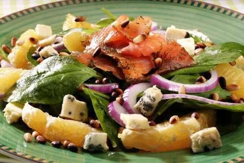 Sprek matsalat med laks oppskrift.