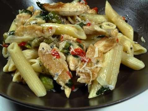 Penne med asparges og kylling oppskrift.