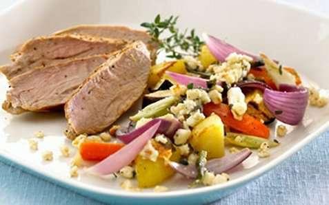 Bakte grønnsaker med krydret apetina oppskrift.