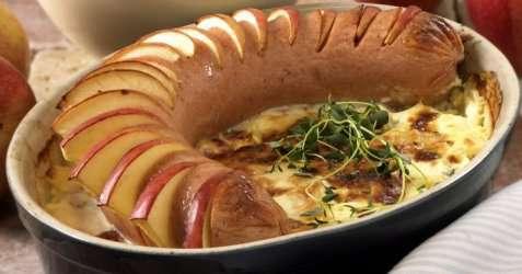 Eplebakt kalkunkorv på potetgrateng oppskrift.