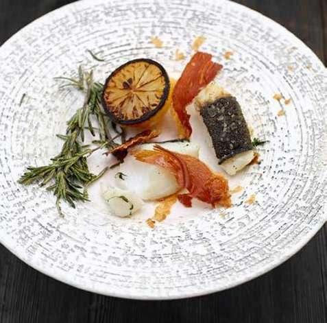 Bilde av Stekt torsk med spr� serranoskinke.