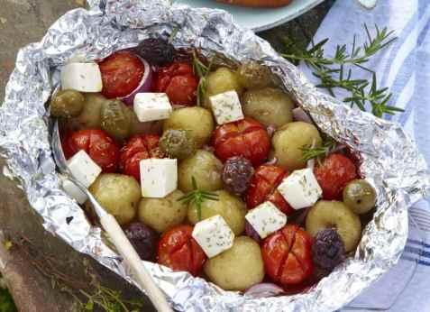 Grillet potetsalat med fetaost oppskrift.