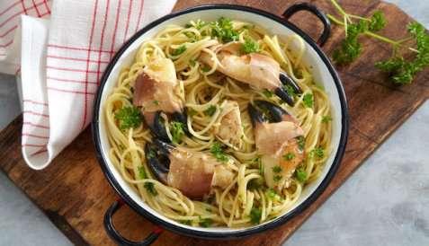 Bilde av Krabbekl�r med spaghetti.