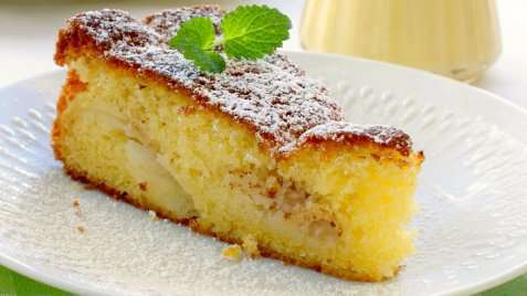 God eplekake med hjemmelagd vaniljesaus oppskrift.