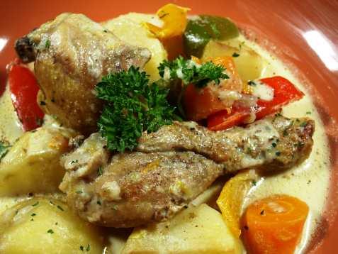 Bilde av Filipino chicken curry.