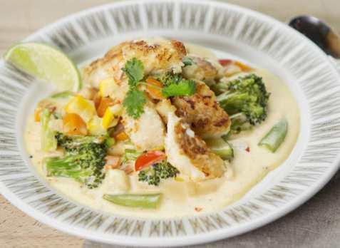 Stekt torsk med eksotisk grønnsaksstuing oppskrift.