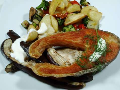 Stekt ørret med grillet aubergine oppskrift.