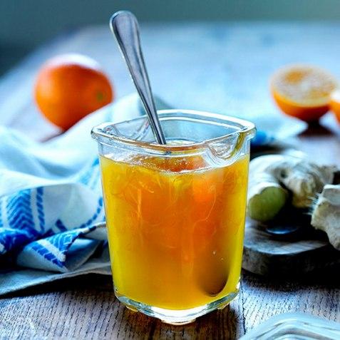 Appelsinmarmelade med ingefær oppskrift.