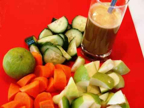 Eple og gulrotjuice fra juicemaskin oppskrift.