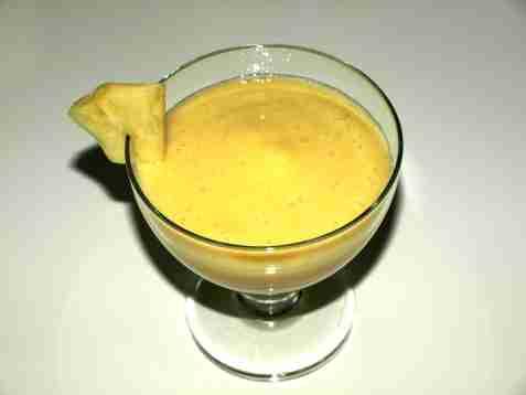 Banansmoothie med ananas oppskrift.