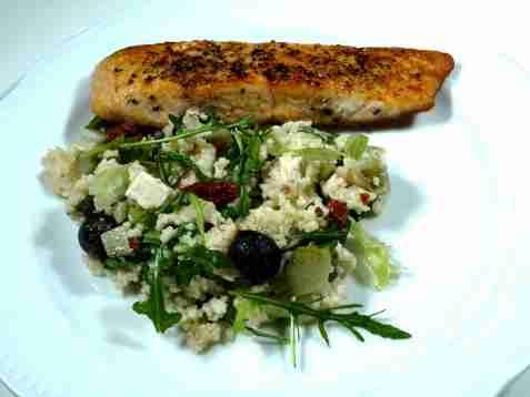 Couscous salat med ørret oppskrift.