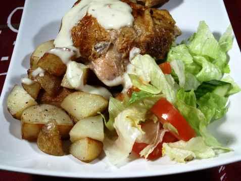 Stekt kylling med poteter oppskrift.