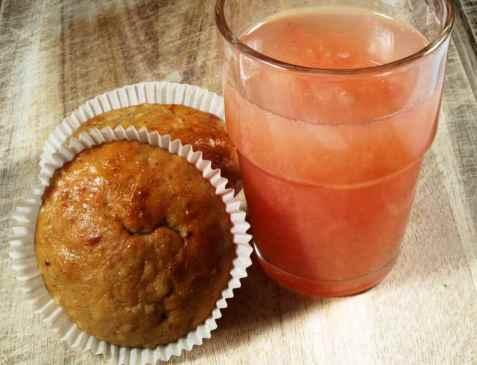 Peanøtt banan muffins med grapefruktjuice oppskrift.