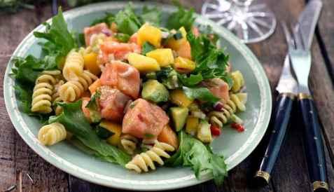Bilde av Cevichesalat med laks og pasta.