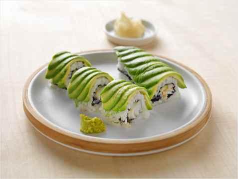 Dragemaki sushi med torsk oppskrift.