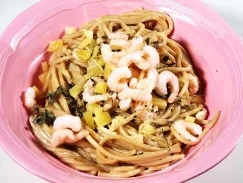 Linguini med reker i kremet saus oppskrift.