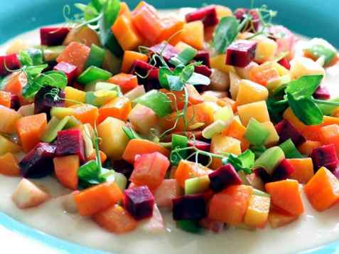 Wokede rotgrønnsaker med parmesansaus oppskrift.