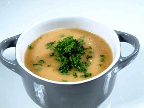 Enkel og god gazpacho oppskrift.