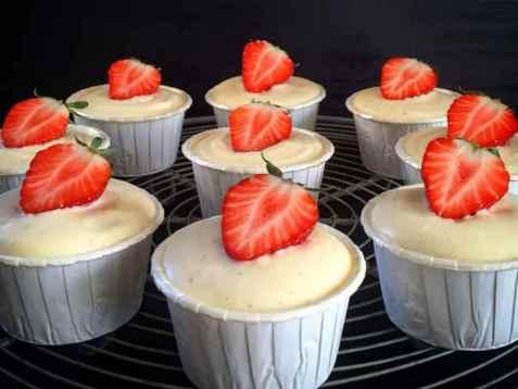 Muffins med ostekrem oppskrift.