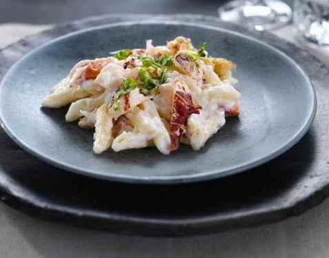 Pasta med hummer og hvit saus oppskrift.