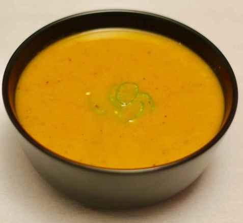 Gulrot og søtpotet suppe oppskrift.