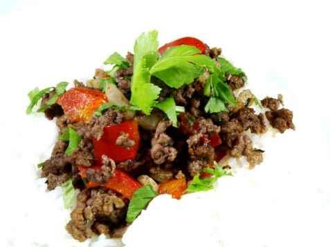 Rask kjøttdeigpanne med indisk smak oppskrift.