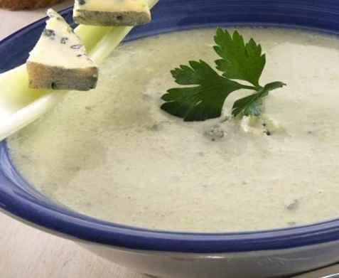 Blomkålsuppe med blåmuggost oppskrift.